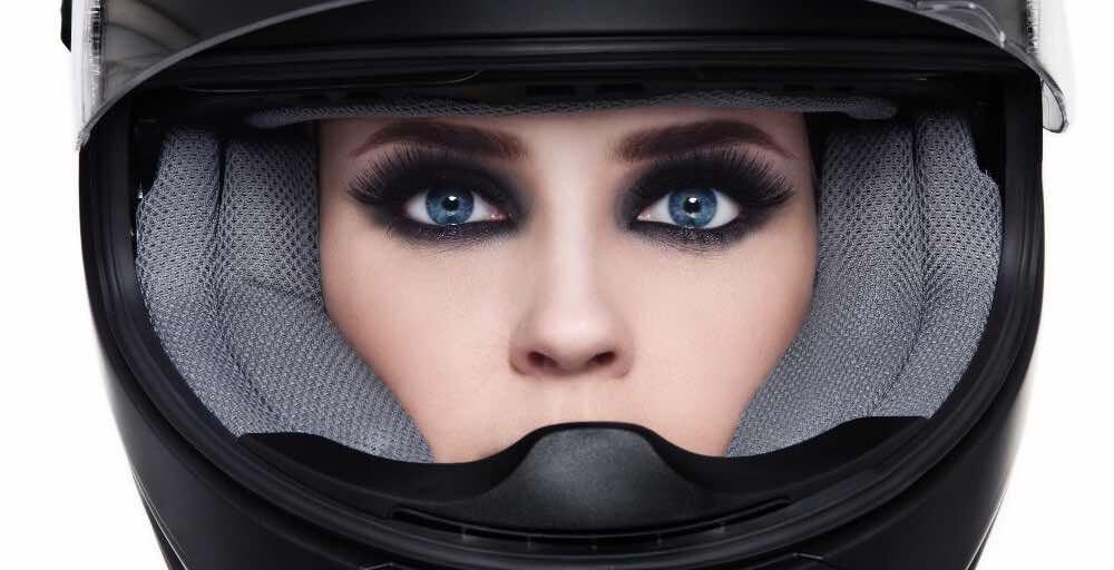 biker-babes-in-makeup