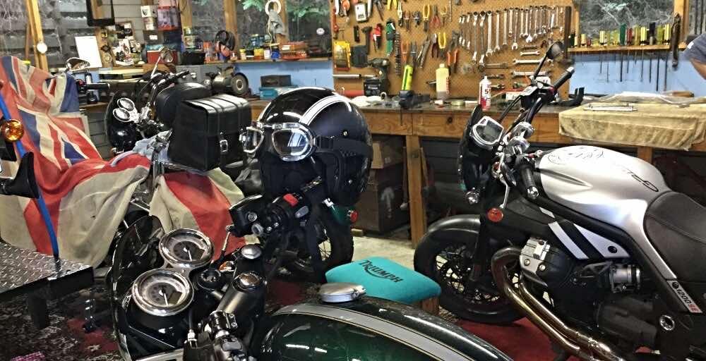 motorbike-garage