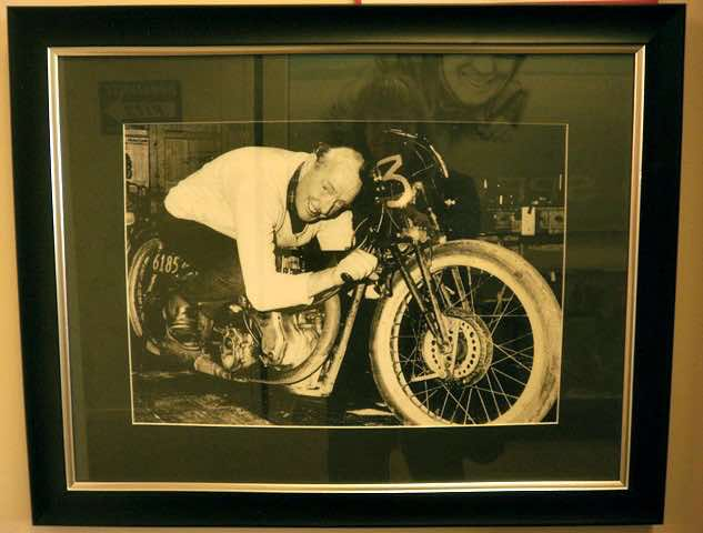 Burt-Munro-himself