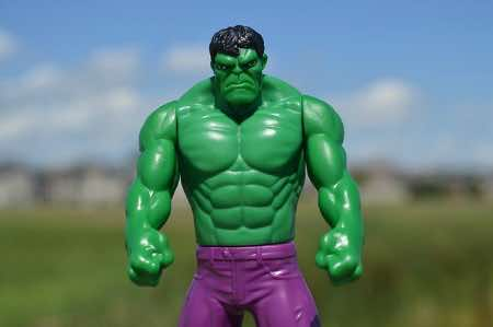 Is the Incredible Hulk wearing your clothes