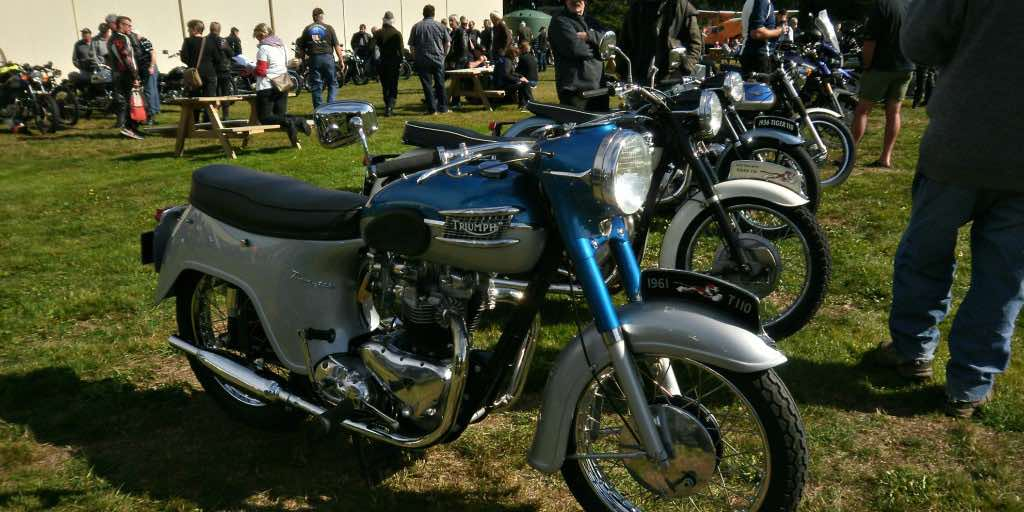 motorcycle shows should be held in a field