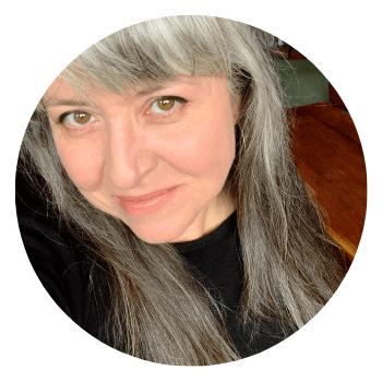 Meet Liz at Pillioness motorcycle blog