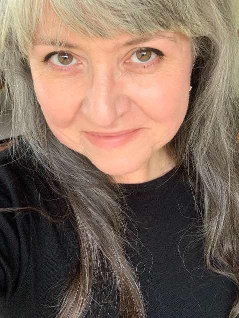 Liz Hardy at Pillioness motorcycle blog