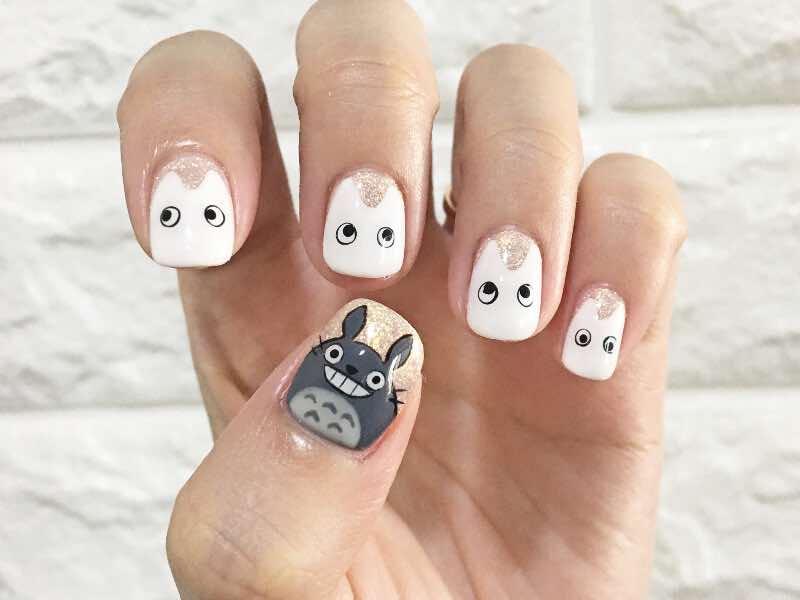 do a simple manicure