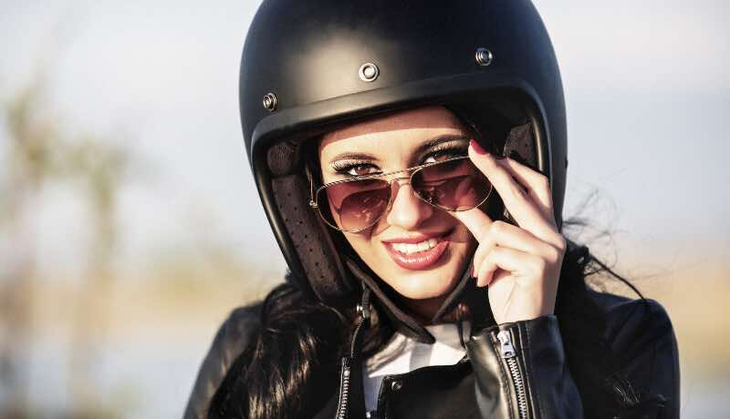 how to look good on a motorcycle featured